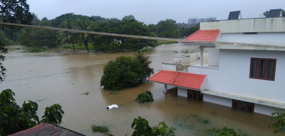 Muslimovia v Indii pomáhajú kresťanom počas záplav