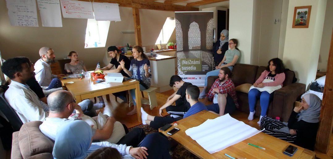 Projekt (Ne)Známi susedia: delegáti spájania susedstiev