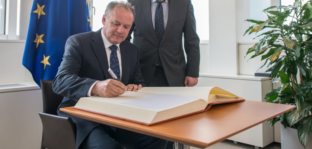 Prezident Kiska upozornil na nenávistné internetové stránky na Slovensku, vrátane protimuslimských