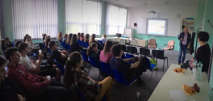 Diskusia so študentami na 1. súkromnom gymnáziu v Bratislave