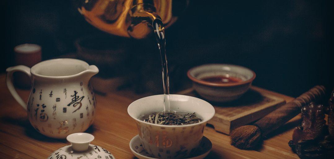 Sladký čaj s (ne)známymi