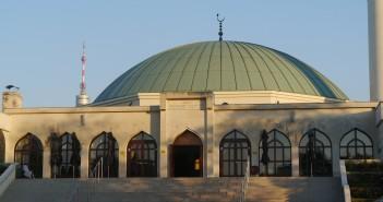 Od habsburskej rovnosti ku islamofóbnej diskriminácii