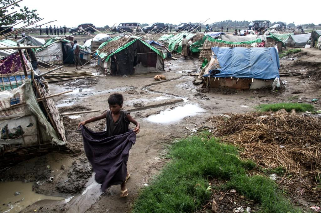 Útoky na muslimov v Mjanmarsku motivujú rasistické prejavy na Facebooku. Sú podobné tým u nás